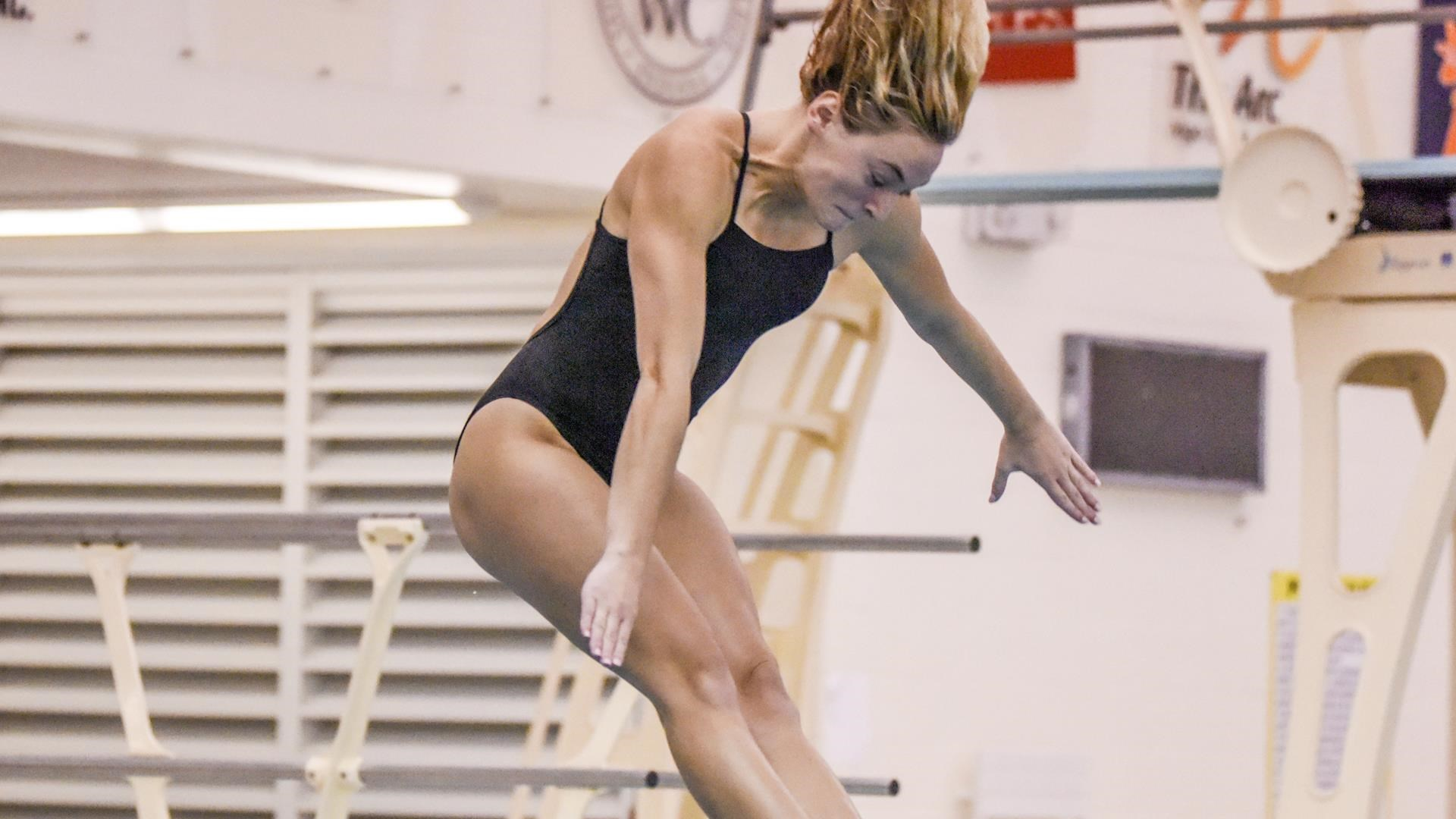 Sycamore Swimming and Diving Defeats University of the